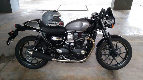 Moto Triumph Street Cup Semi Nova.