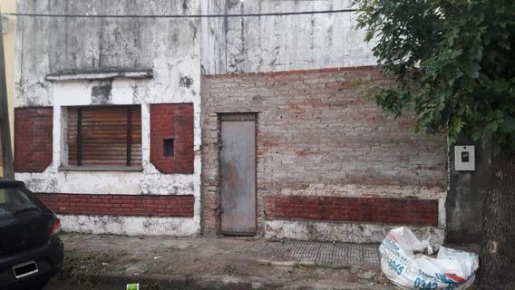 Terreno Con Casa A Demoler Zona Parque Garay A 7 Cuadras Av. Freyre Con Todos Los Servicios