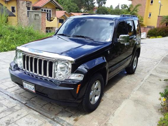 Cherokee 2012 Negra 4x4