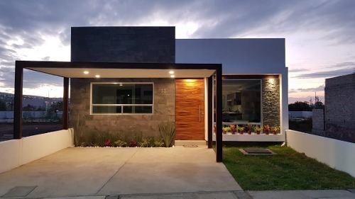 Hermosa Casa De Una Planta En Villas El Roble Residencial Queretaro