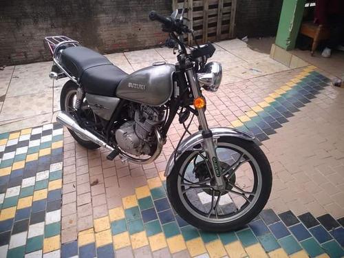 Imagem 1 de 3 de Suzuki Intruder 125 Intruder 125