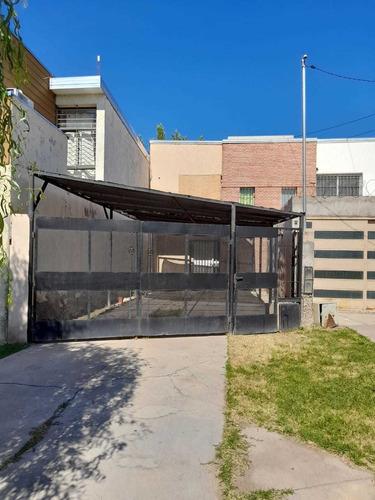 Imagen 1 de 12 de Duplex 2 Habitaciones 1 Baño - Patio - Cochera Super Amplia