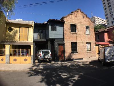Leonor Cepeda 975, Independencia, Chile