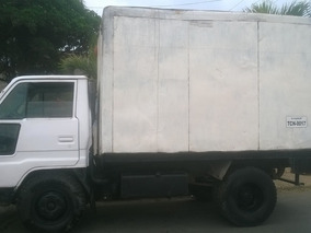 Camión Daihatsu Delta Año 1.999; 4 Ton.- 14b Tipo Furgón