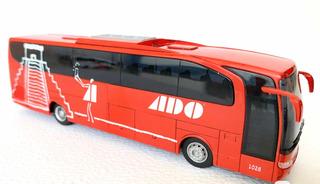 Autobús Escala 1:87 Ho Mercedes Benz Travego Ado Rietze