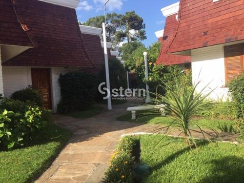 Venta Casa 2 Dormitorios, Playa Mansa, Punta Del Este.- Ref: 1492