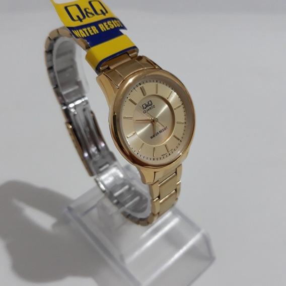 Relógio Dourado Feminino Luxo Resist. Qq