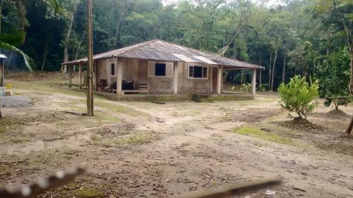 Belo Sítio No Mambu, Em Itanhaém, Com 242.000 M², Com Riacho