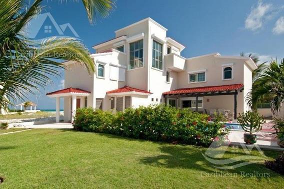 Casa En Venta En Playa Del Carmen/villa Delfines / Playa Paraiso/riviera Maya