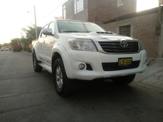 Toyota Hilux 4x4 Srv Original 2014