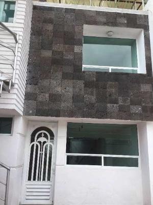 Casa En Venta En Fraccionamiento Estrellas Del Sur Zona Zavaleta Y Blvd Atlixco