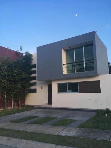 Casa En Renta En Coto Arboleda Santa Anita, Tlajomulco De Zuñiga. Jal