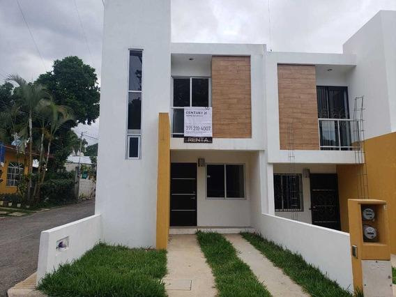 Rento Casa En Fraccionamiento Abedules, Fortín, Ver.
