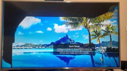 Imagem 1 de 9 de Smart Tv LG 50 Polegadas, Com Parte Da Tela Com Defeito.