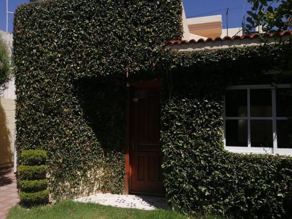 Casa - Fraccionamiento Las Arboledas