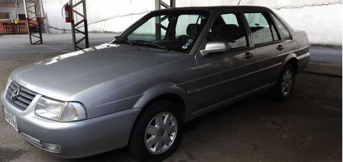 Imagem 1 de 9 de Volkswagen Santana 2000 2.0 4p