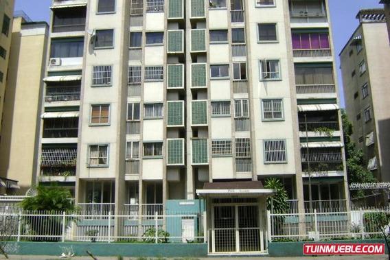 18-6989 Gina B. Vende Apartamento En La California Norte