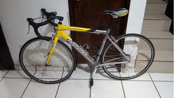 Bicicletas De Ruta Giant Aluminio Y Benoto Carbon