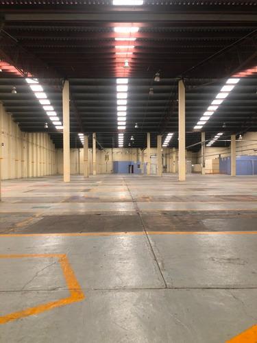 Imagen 1 de 13 de Nave Industrial Disponible En Renta Tlalnepantla 3,900 M2