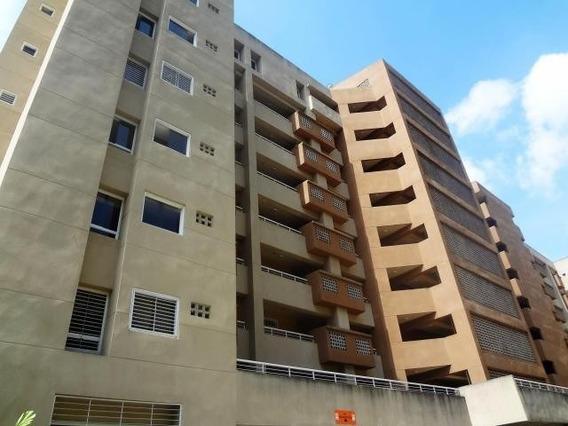 Apartamento En Alquiler 3 Ambientes Y 3 Baños