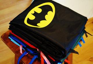 10 Souveniers Capa De Superheroes Cumpleaños