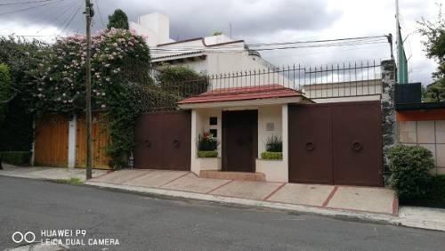 Oportunidad En El Pedregal, Cómoda Casa En Calle Cerrada