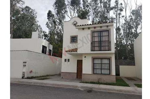 Casa En Renta Amueblada En Privada San Remo, Villa De Pozos.