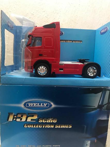 Caminhão Welly Escala 1:32 - Cavalinho Volvo Fh12
