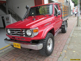 Toyota Land Cruiser Land Cruiser Estacas