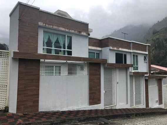Hermosa Casa En Baños De Agua Santa