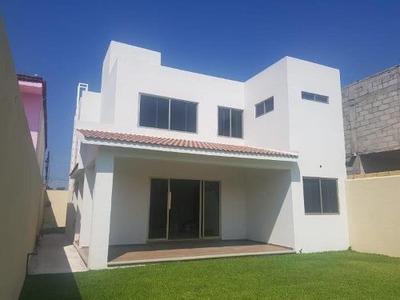 Casa Sola En Venta Fracc Hacienda Del Rio