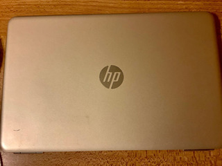 Laptop Hp 15-aw003la 12gb 15.6 Windows 10 Dorada Amd A9