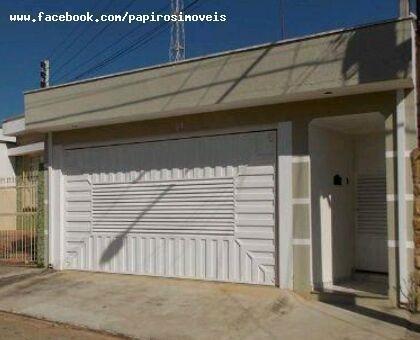Casa Para Venda Em Tatuí, Vila Doutor Laurindo, 2 Dormitórios, 2 Banheiros, 2 Vagas - 083_1-813698
