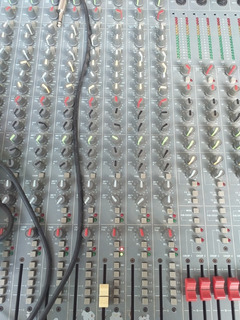 Consola De Sonido Profesional Soundcraf Spirit Estudio