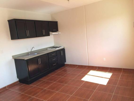 Casa En Venta. 2 Recámaras. Real Solare, Dúplex-planta Alta.