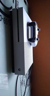 Xbox One S, 500gb + Joystick + 118 Juegos