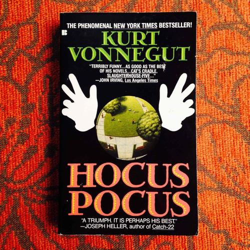Imagen 1 de 1 de Kurt Vonnegut.  Hocus Pocus.