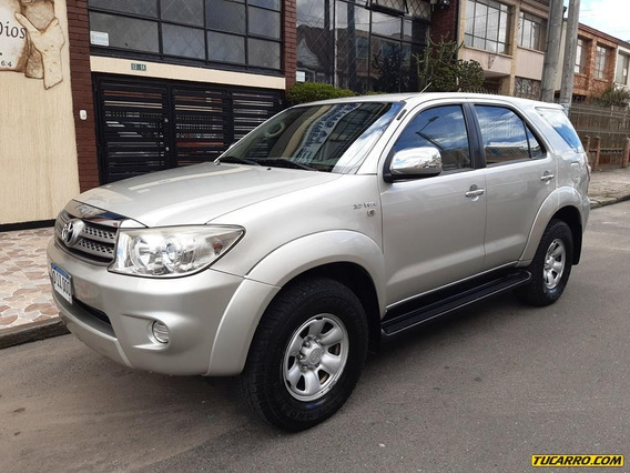 Toyota Fortuner Aa 2.7 5p