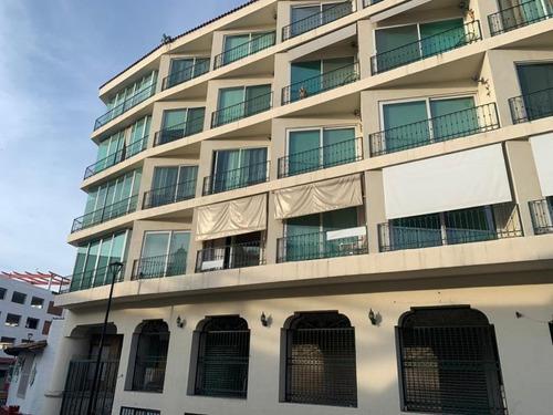 Imagen 1 de 12 de Departamento En Venta Puerto Vallarta Centro