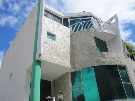 Town House Venta Urb El Castaño Maracay Aragua Mj 20-1676