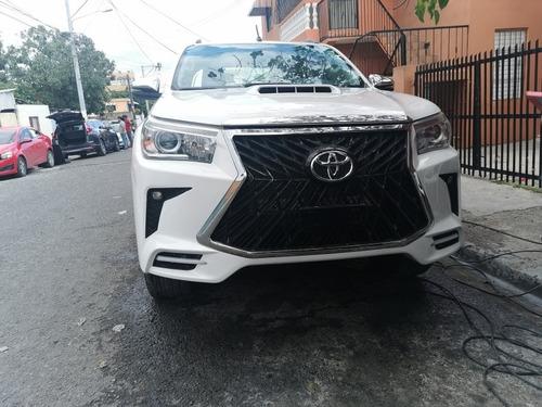 Toyota  Hilux  De La Casa