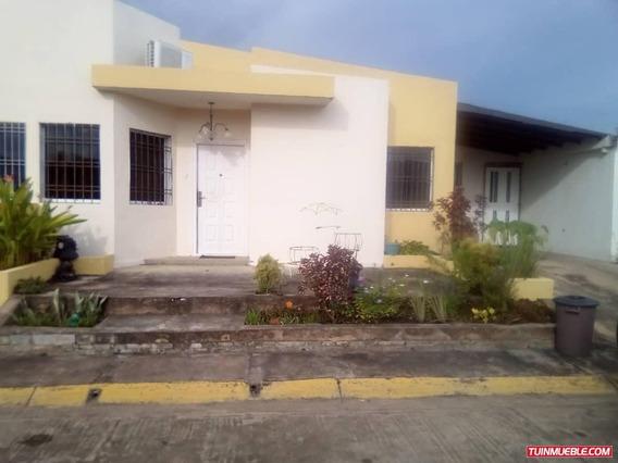 Faimily House Maturin - Casas En Alquiler