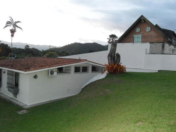 Casa En Venta En Guataparo Country Club 20-12647 Ac