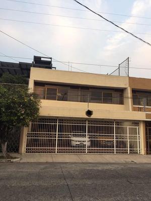 Jardines De San Ignacio, 4 Gasolinera Cerca!!