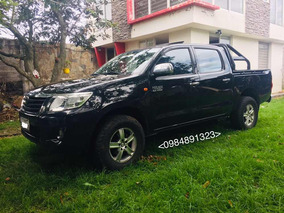 Toyota Hilux 4x2 Full Equipo