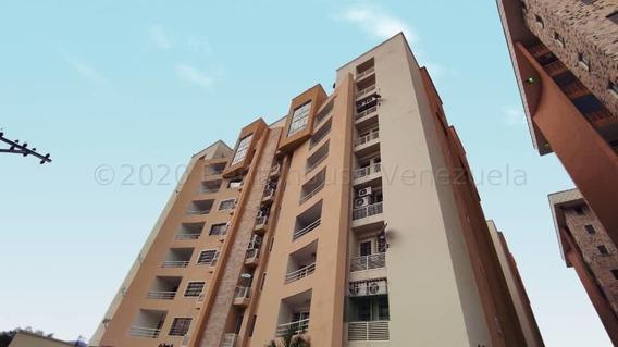 Apartamento En Venta Mm 21-9377 En La Avenida Fuerzas Aereas