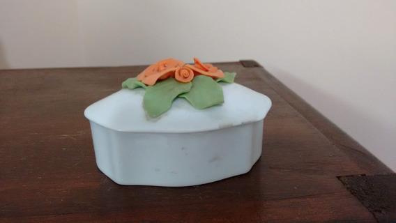 Caixinha Porta Jóias Em Porcelana Schmidt Com Rosas Em Alto