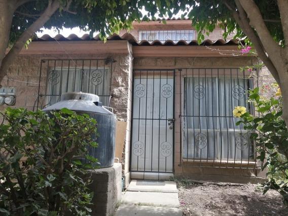 Casa En Venta En El Fraccionamiento Álamos En Oaxaca, Oaxaca