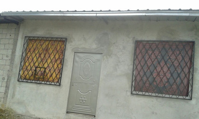 Casa En Terreno Esquinero