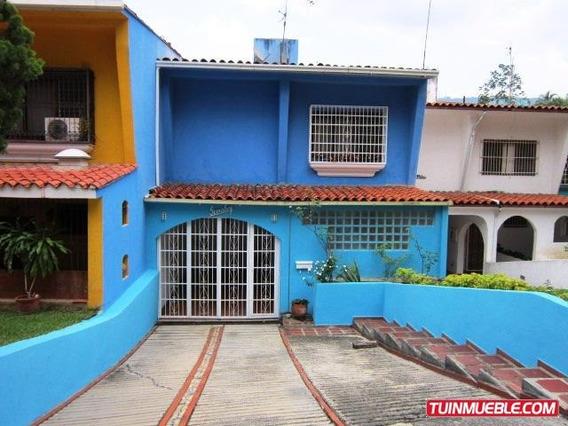 La Trinidad. Town House De 227 M2, Luminoso, Cinco Niveles